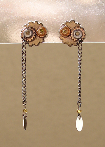 Steampunk posts earrings 1