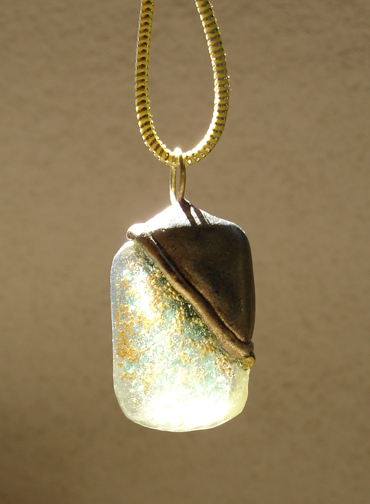 aqua and gold pendant back